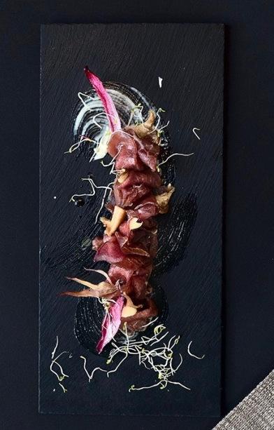 Manzo-thai-salsa-wasabi-funghi-cardoncellisalsa-di-gamberi
