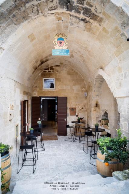 Taverna Re Manfredi 16